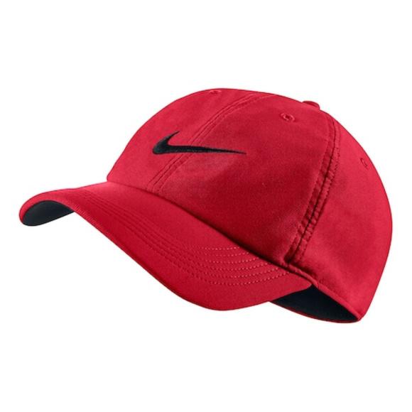 d6da4bd1006 Nike Dri Fit Train Twill Cap Red Black Swoosh